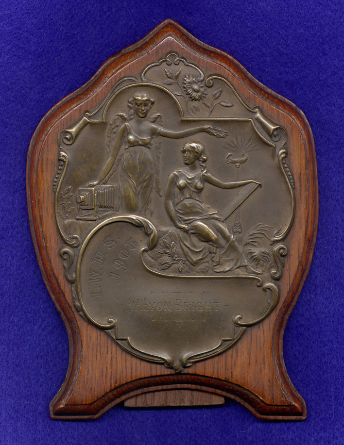 Isle of Wight Photographic Society 1908 award plaque in bronze